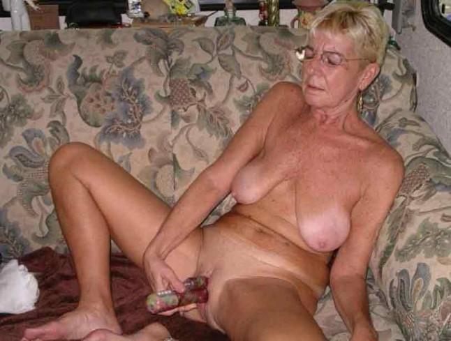 Ебля пожилых дам фото