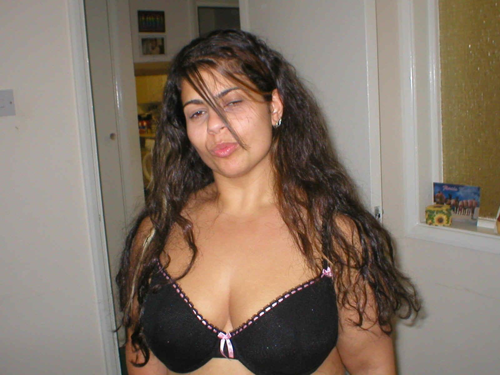 Секс с сисястой латинской подружкой