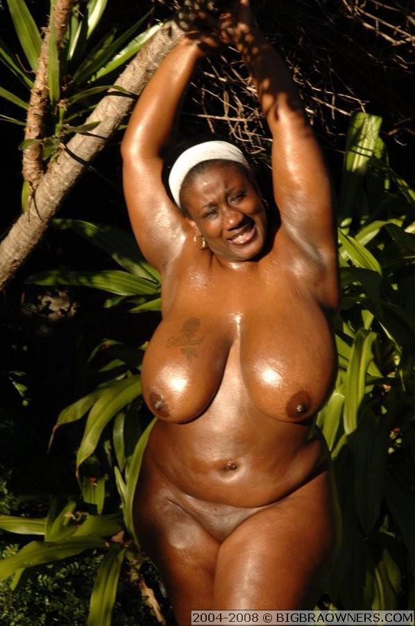 Толстая негритянка Кики