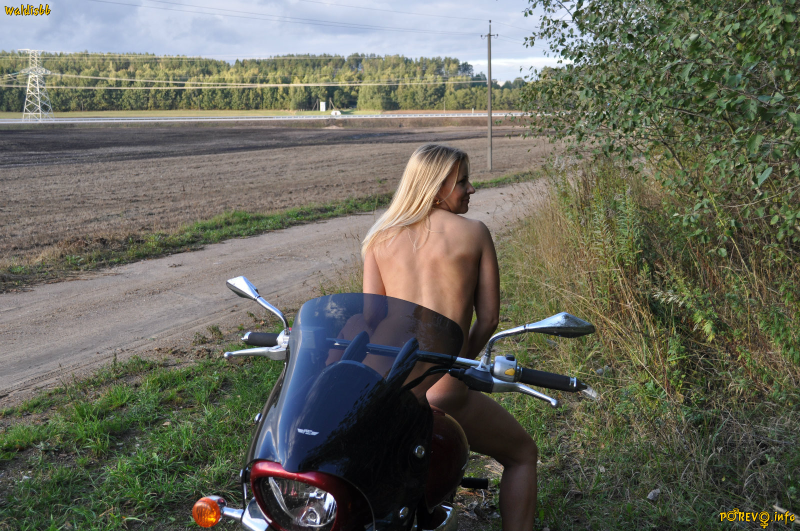 Шаловливая зрелая русская женщина