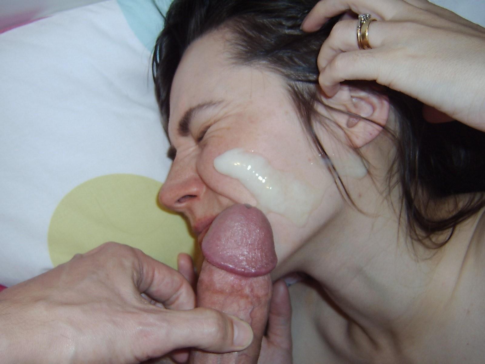 Сперма на лицах жен и подружек - компиляция 8