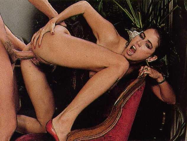 Ебля винтажной порнозвезды Элла Рио