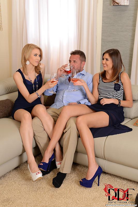 Подружки секса