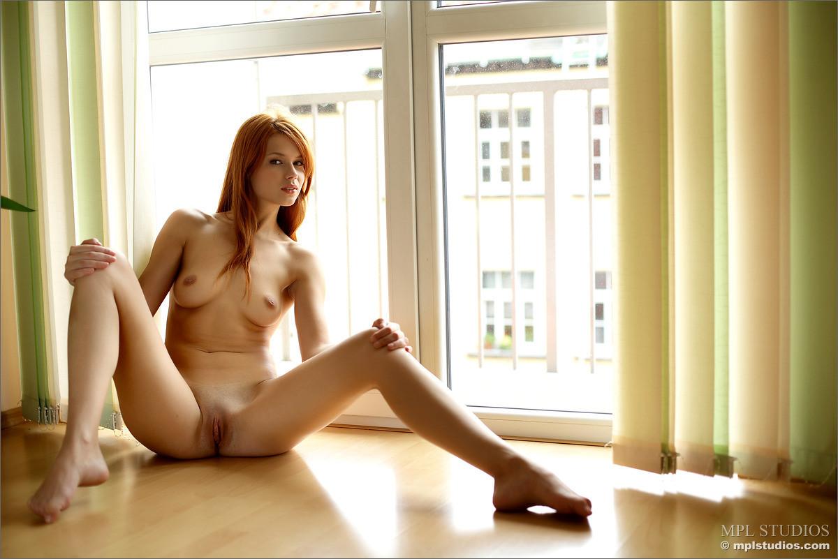 У окна порно онлайн, Секс У Окна (найдено 98 порно видео роликов) 8 фотография