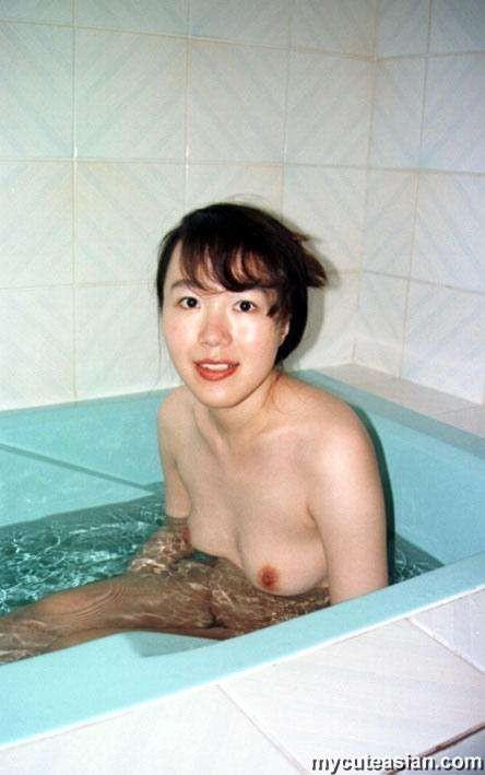 Трах в волосатую пизду японской женщины