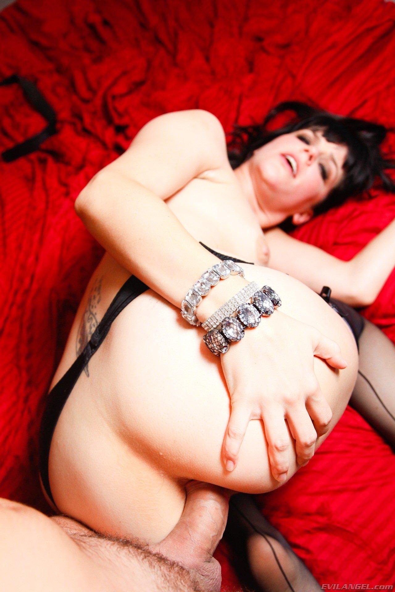 Из жопы в рот - Порно фото галерея 836312
