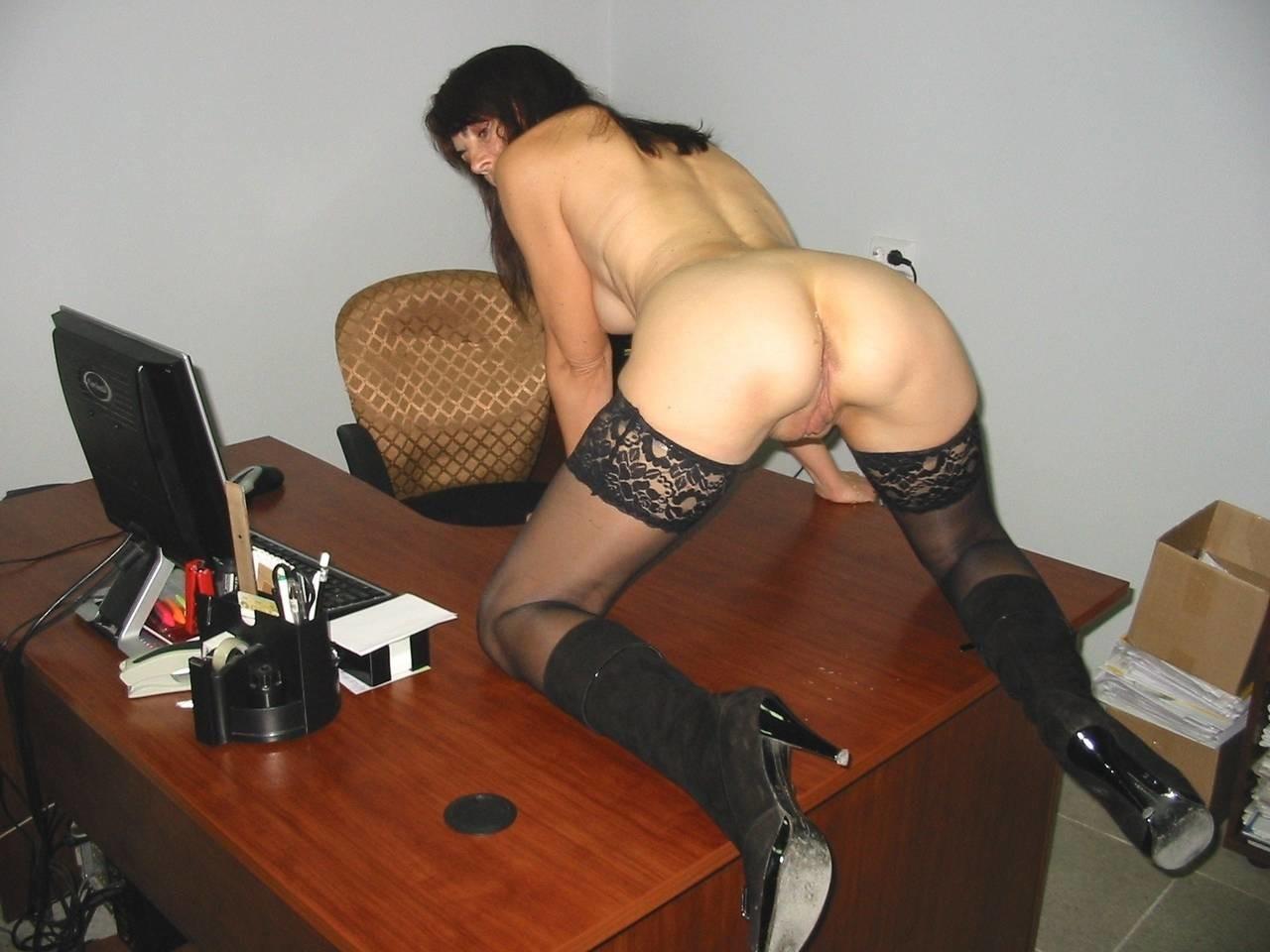 Эро рассказы на работе без нижнего белья, Отпуск без трусиков (рассказ) 11 фотография