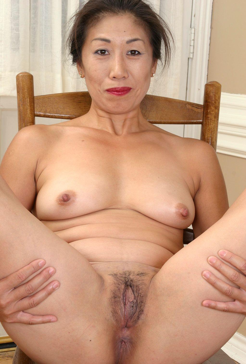 seks-aziati-zrelie