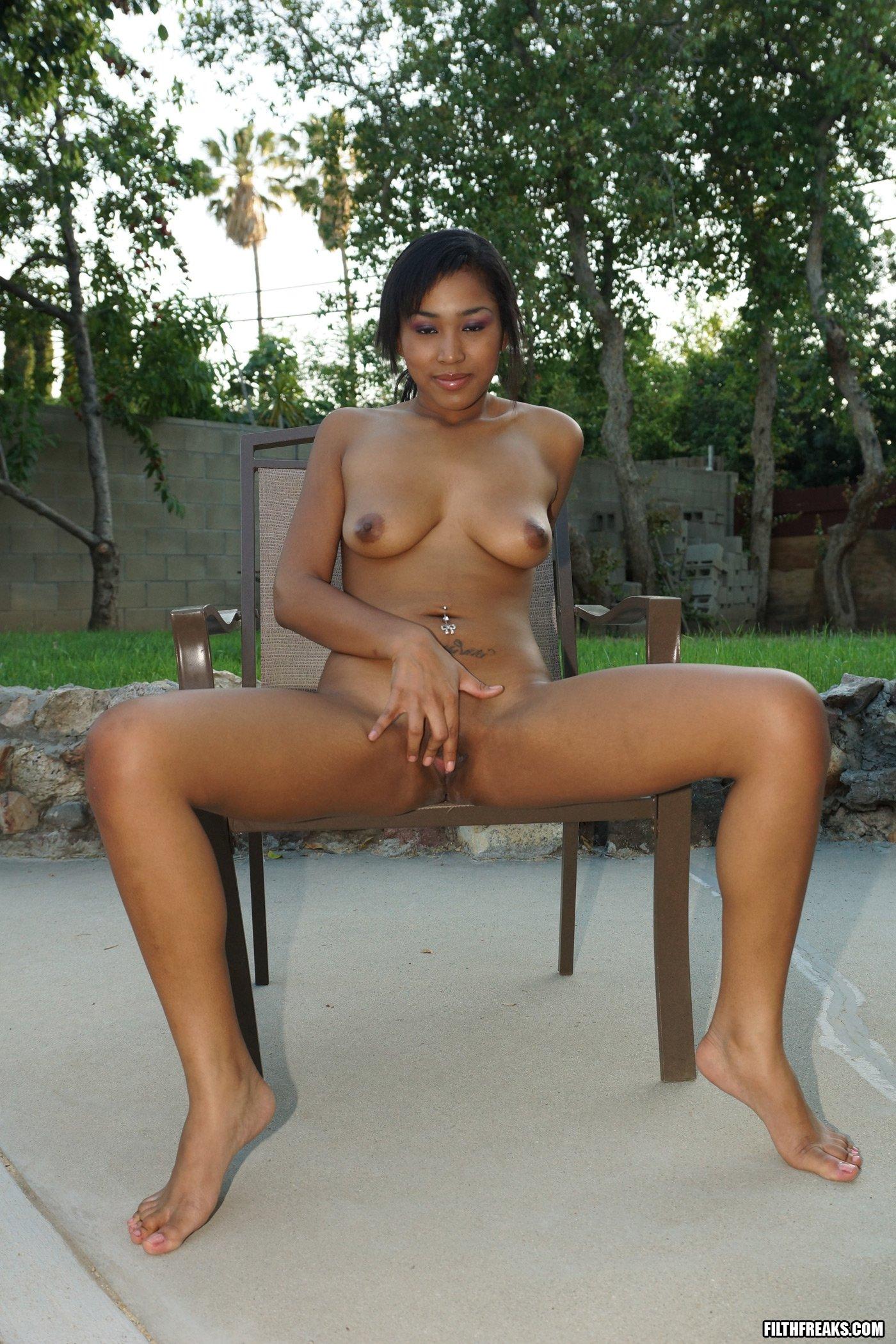 zagorelie-aziatki-porno