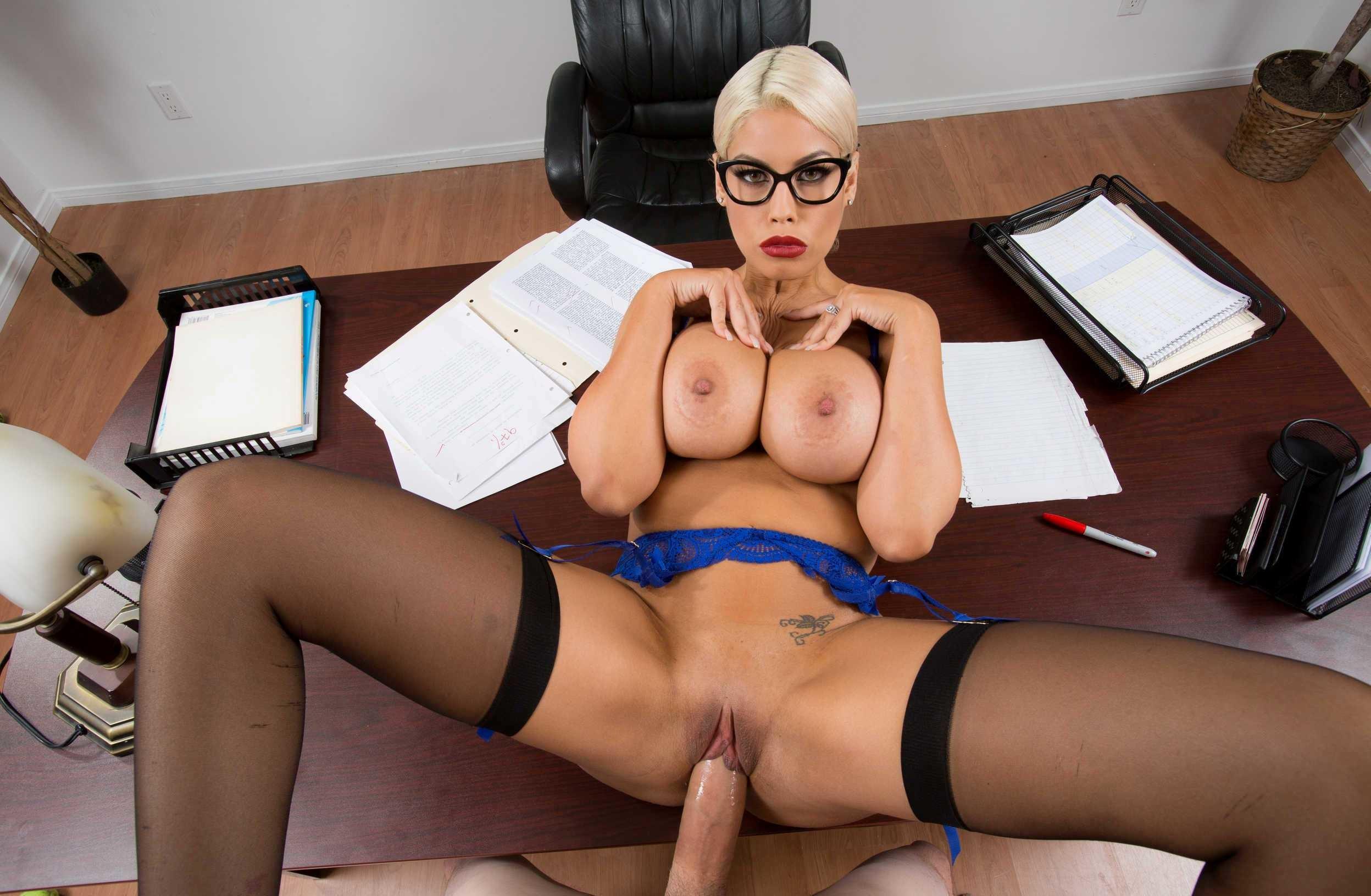 Инфу, отдельный голые секретарши порно