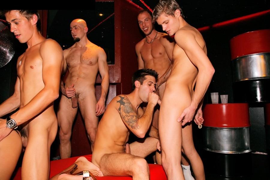 Бисексуальные вечеринки в Европе