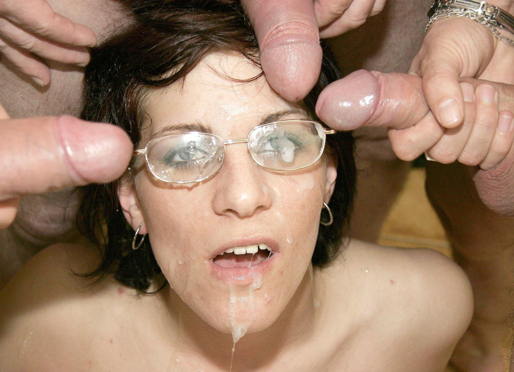 Сперма на лицо фот, Сперма на лицах девушек фото 10 фотография