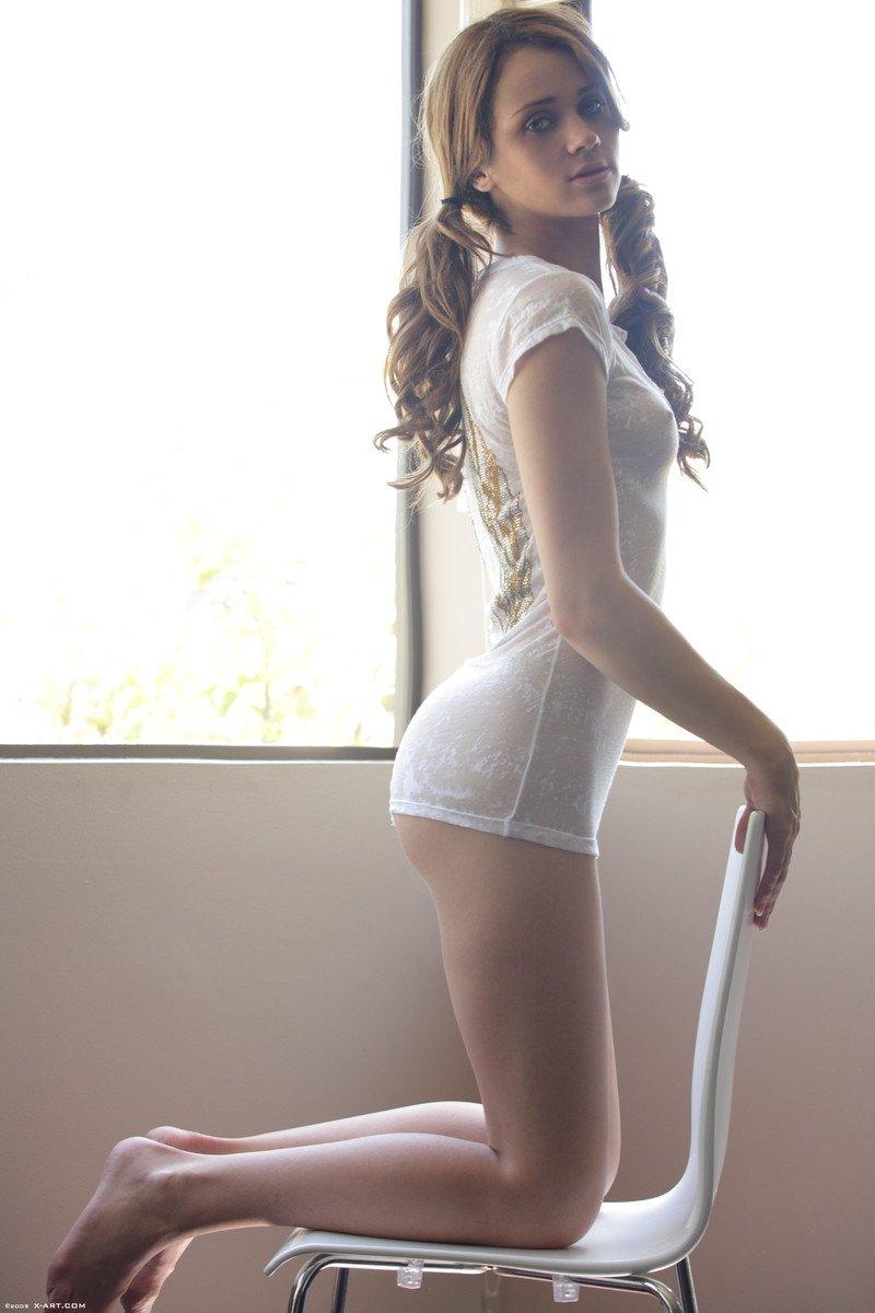 Шатенки - Порно фото галерея 1057802