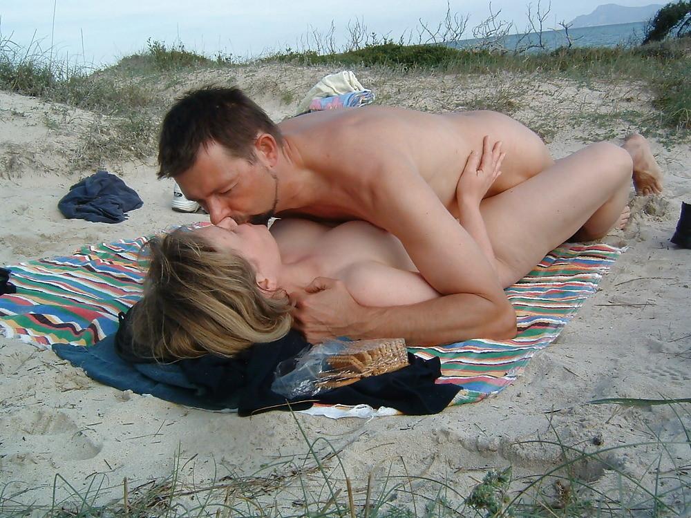 seks-na-plyazhe-frantsii