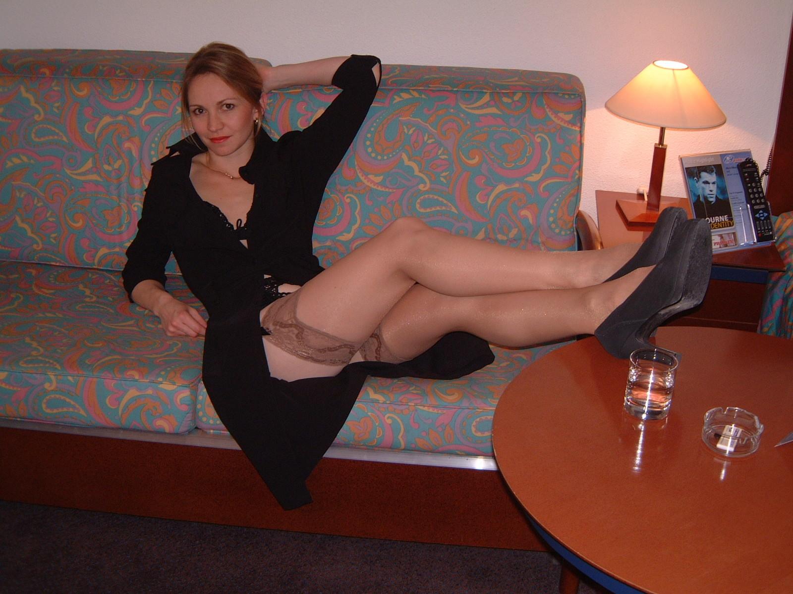 Фото выложил фото любовницы, Голые жены, домашние порно фото с женой » Страница 3 14 фотография