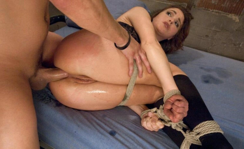 porno-anal-svyazali