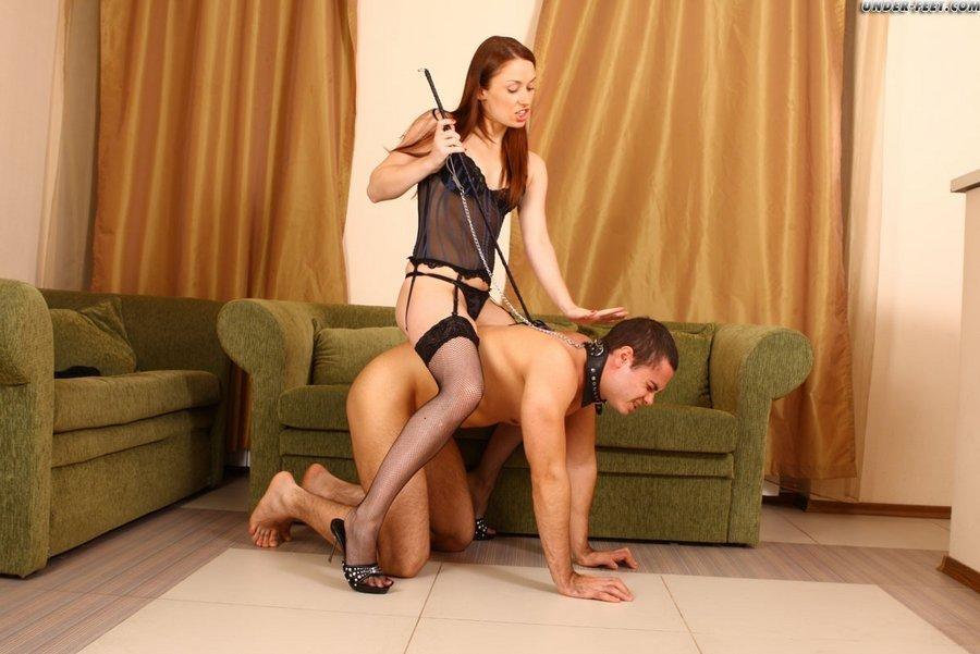 Голые мужчины и женщины в одежде - Фото галерея 868156