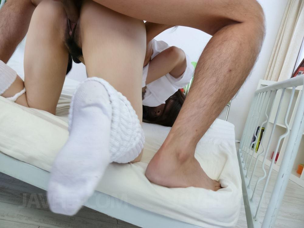 Голые мужчины и женщины в одежде - Порно фото галерея 1017484