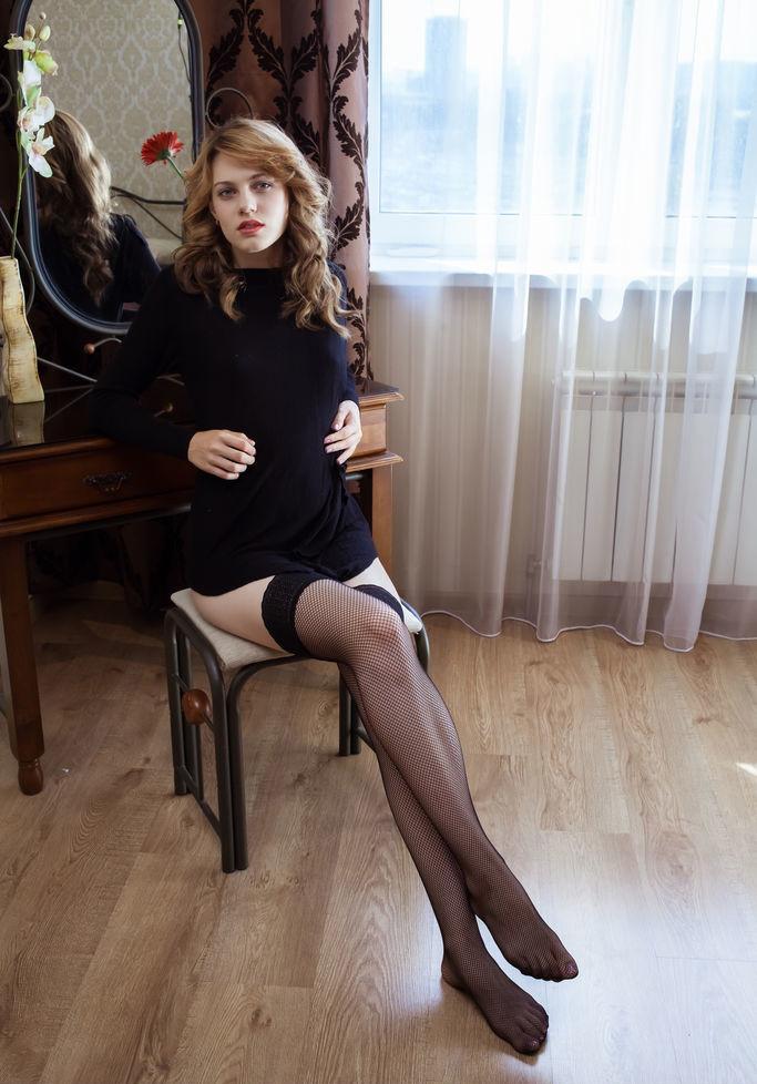 erotika-galereya-foto-krasivoy-pizdi-russkoe-porno-seks-v-vagone-kupe-video-smotret