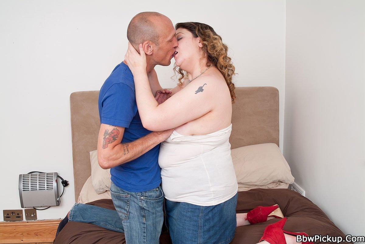 В презервативе - Порно фото галерея 949916