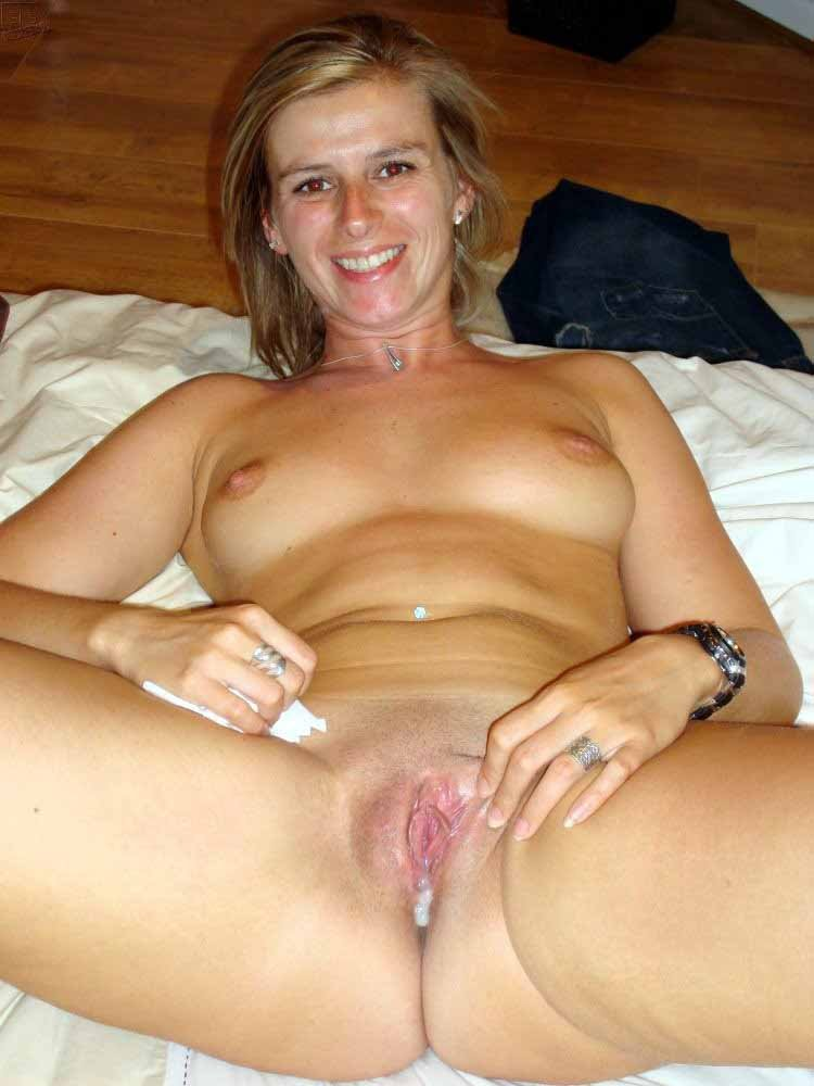 Wife fill her up with cum
