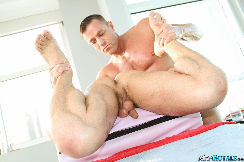 В презервативе - Порно фото галерея 968578