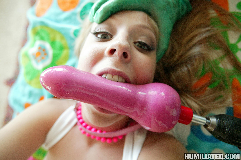 Полоскание горла спермой - Порно фото галерея 675968