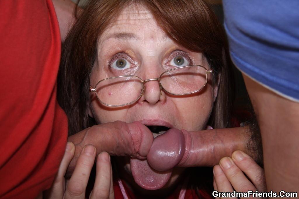Спермой в глаз - Фото галерея 844620