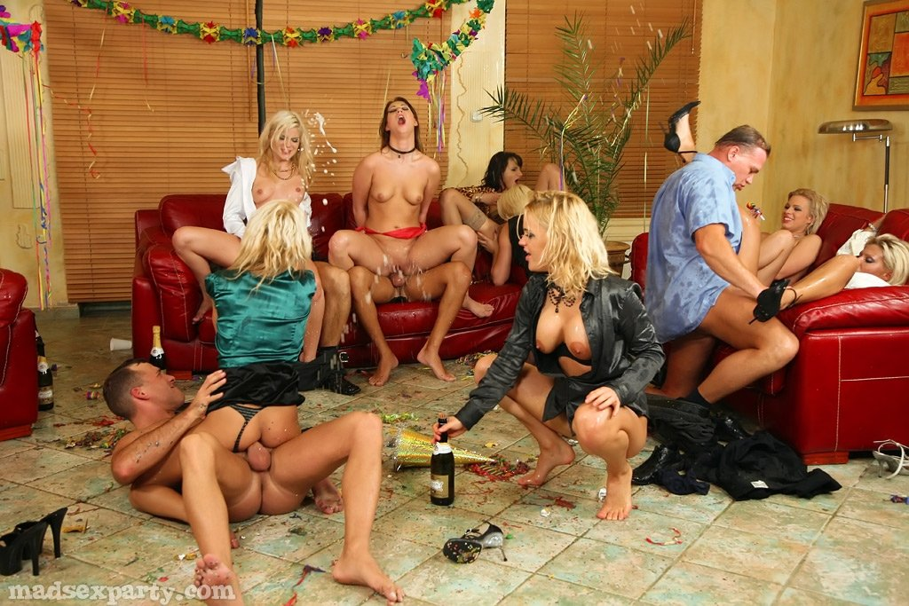 Секс в одежде - Фото галерея 715986
