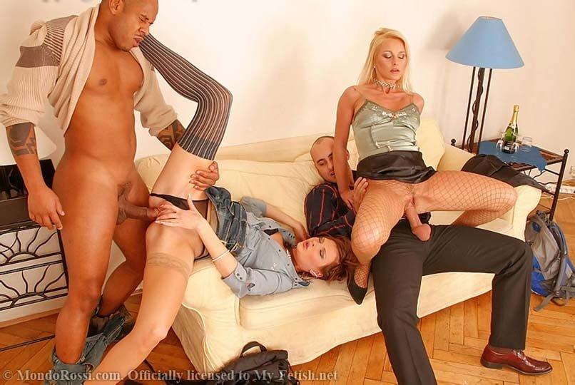Секс в одежде - Порно фото галерея 65752