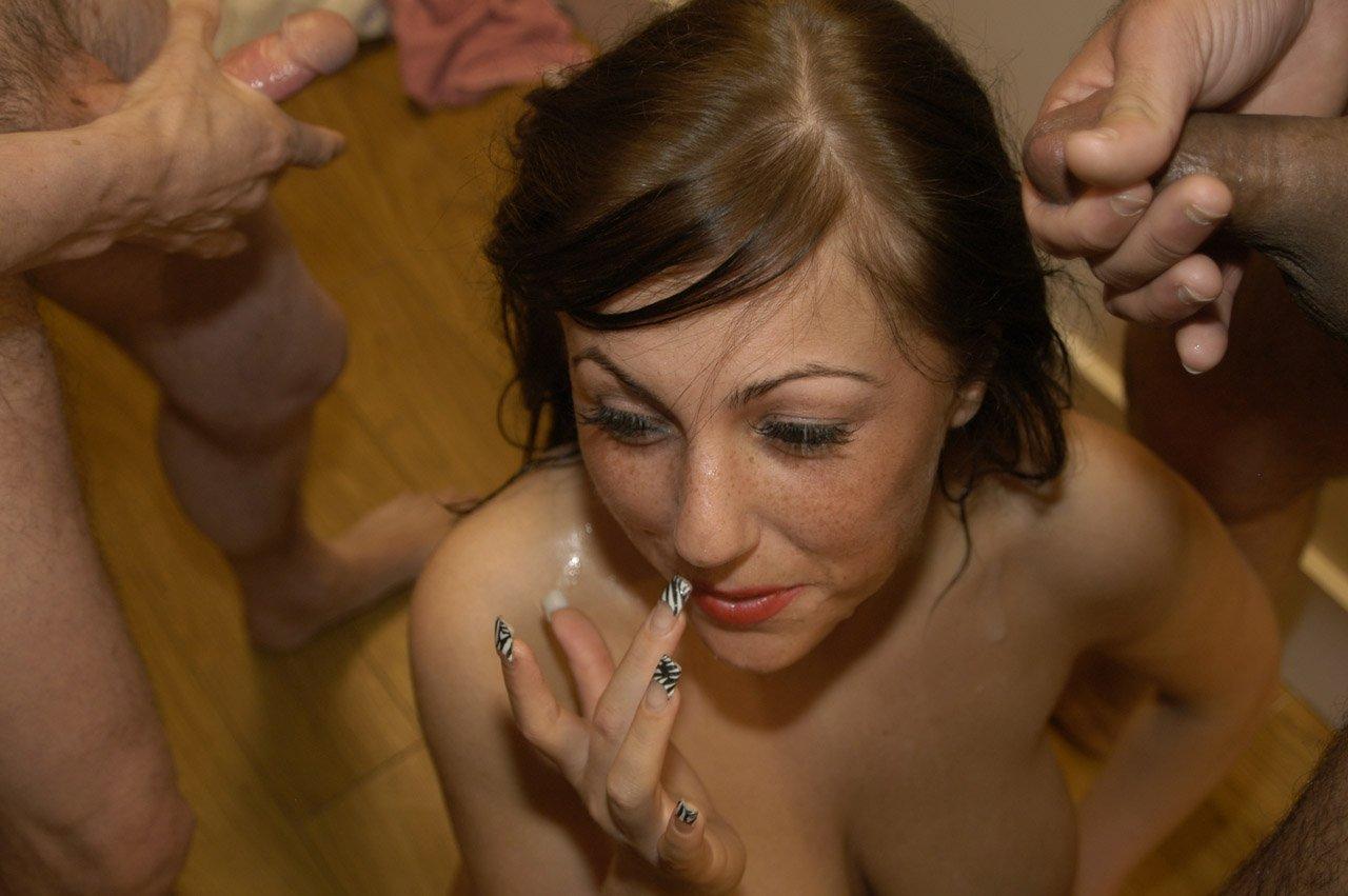 Сперма на волосы фото, Сперма на лице порно фото, девушкам кончают на лицо 9 фотография
