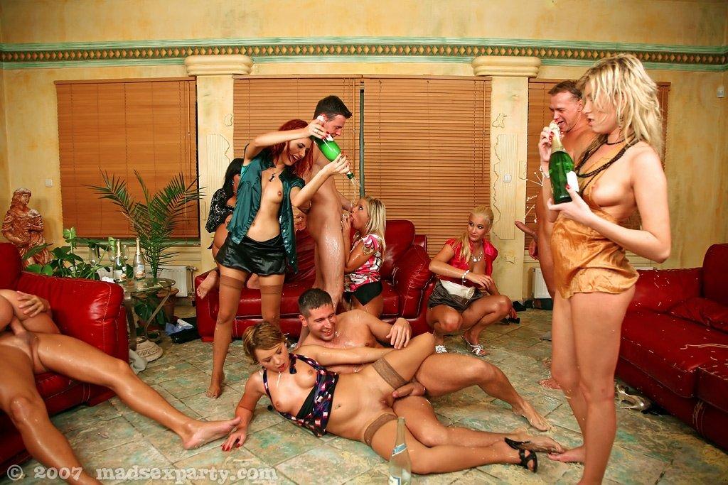 Едят и пьют сперму - Фото галерея 716005