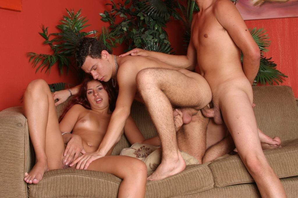 Бисексуальные оргии галереи