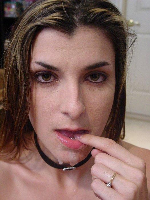 Глотает сперму - Порно фото галерея 652683