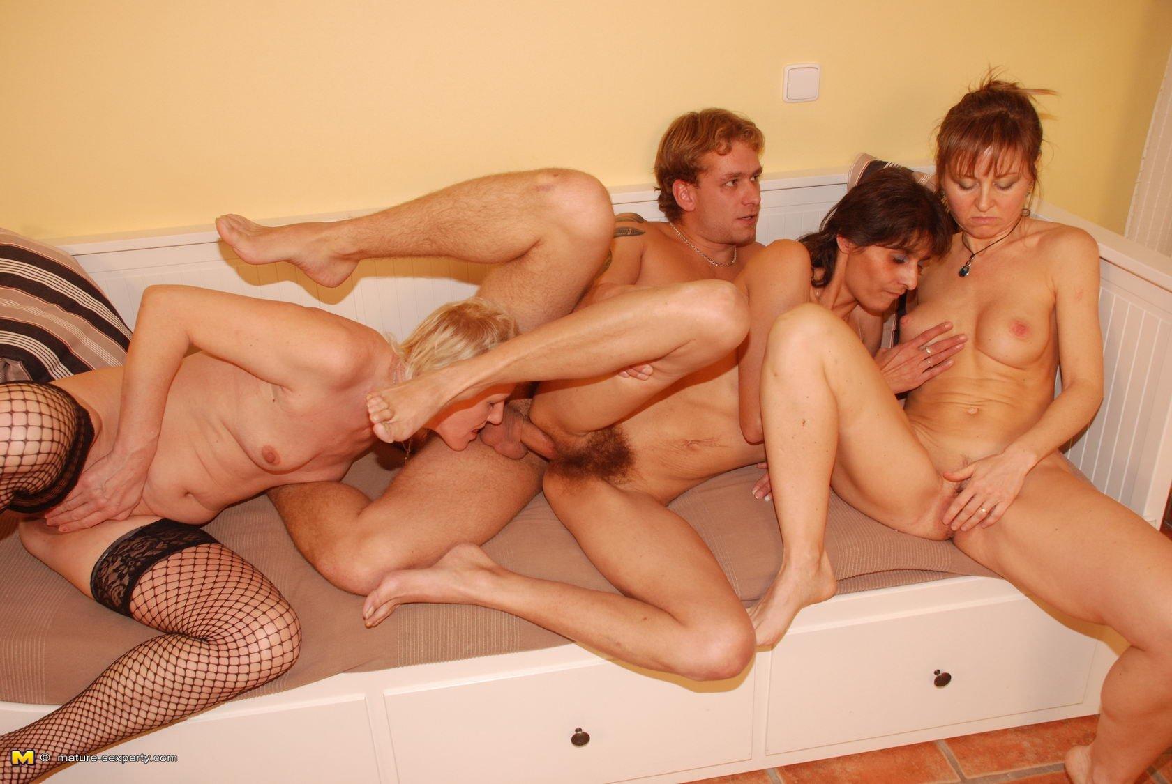 Галереи секс фото семья