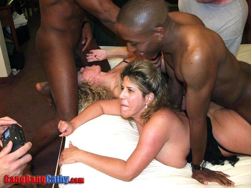 Генг Бенг - Порно фото галерея 225033