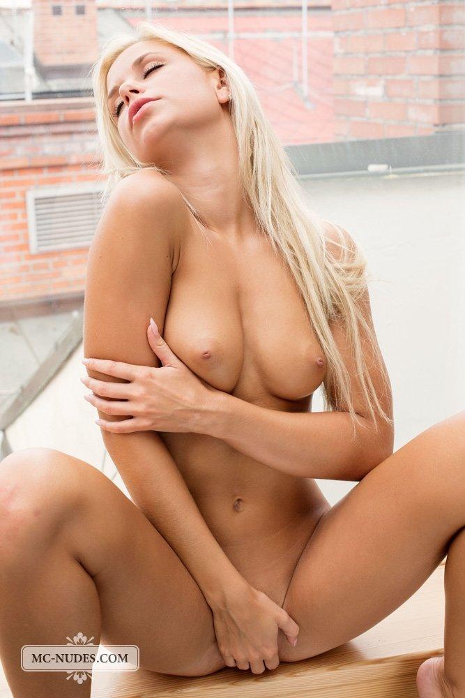 Фут фетиш - Порно фото галерея 1083052