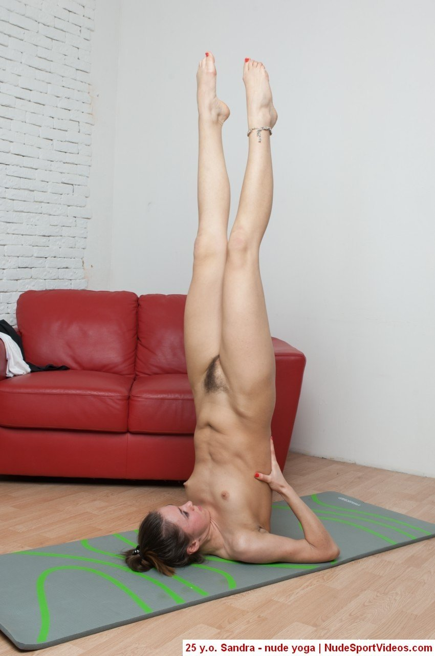 golaya-yoga-porno-video
