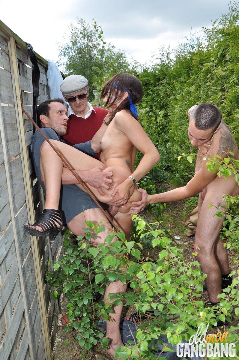 Вчетвером - Порно фото галерея 896055