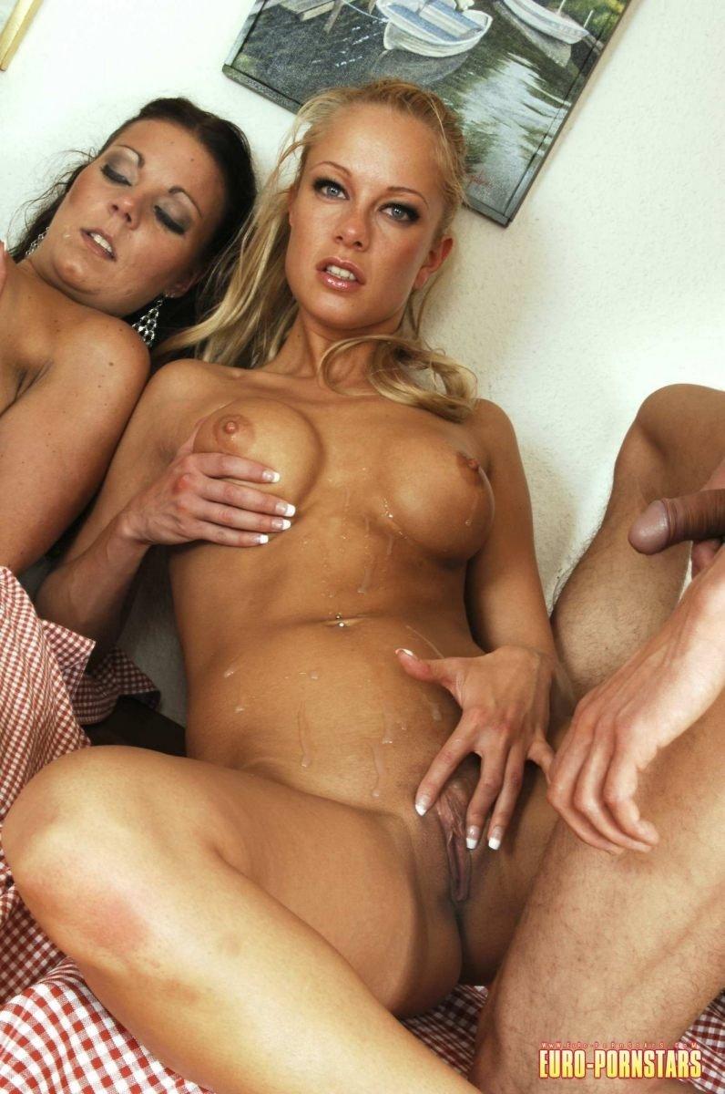 Вчетвером - Порно фото галерея 618264