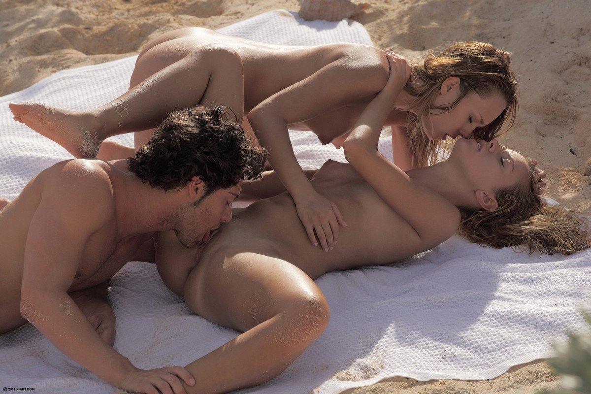 Фото секс голой девушки и мущины, Бесплатные секс фото и траха девушек и женщин 20 фотография