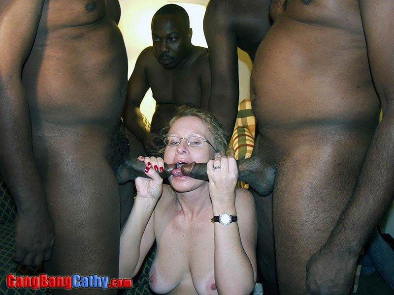 Генг Бенг - Порно фото галерея 225169