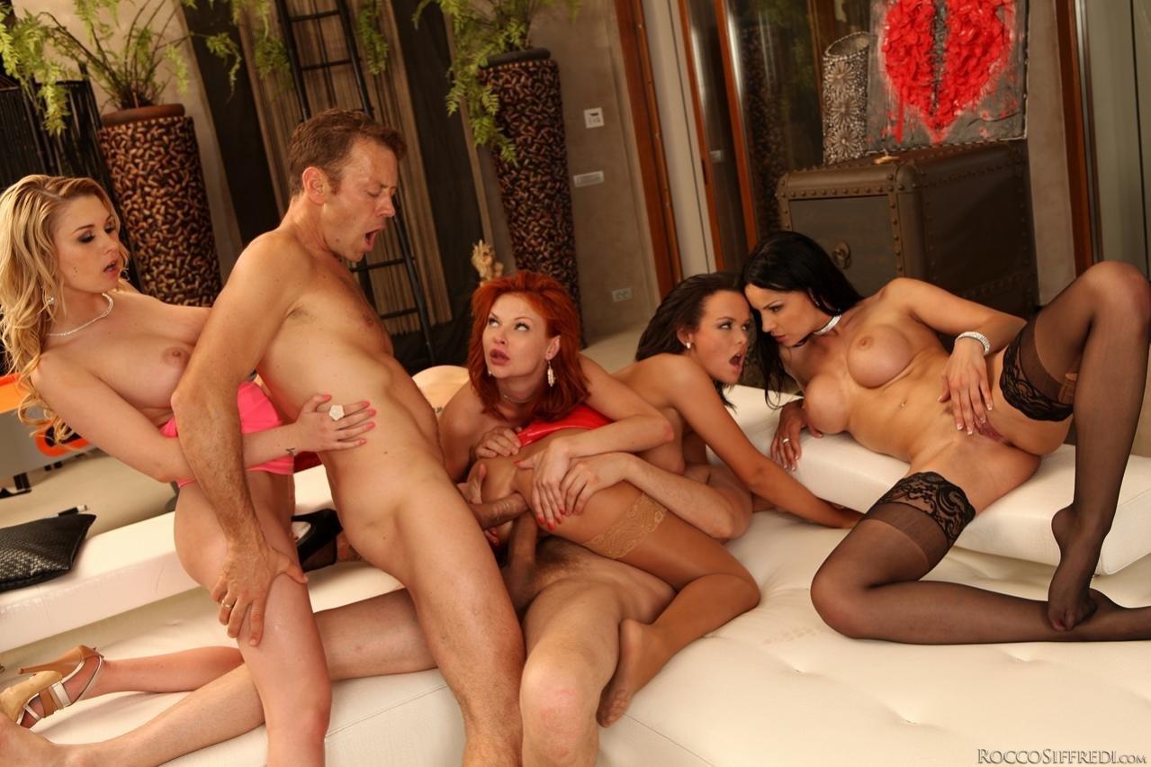 Фото порно групповухи галереи