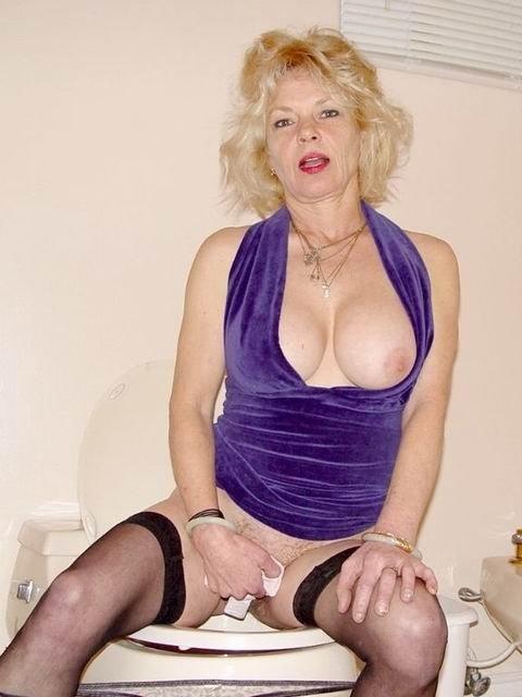 Пожилая - Порно фото галерея 65589