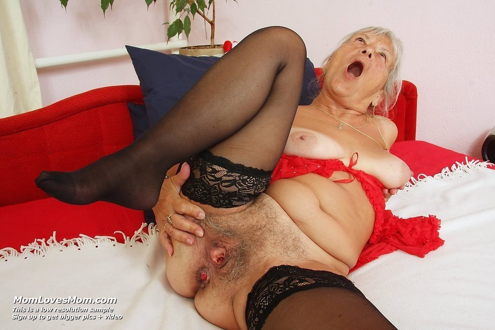 Пожилая - Порно фото галерея 889215