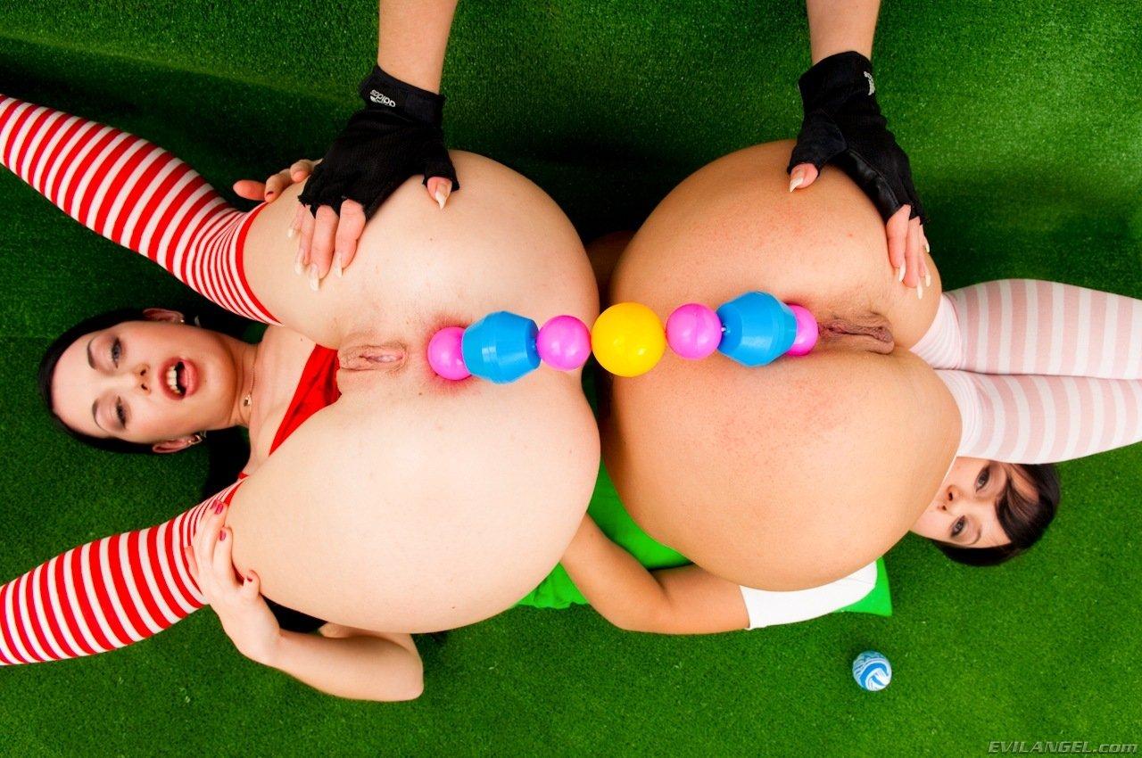 Шарики секс смотрим, Вагинальные шарики замужней барышни и волны оргазма 5 фотография