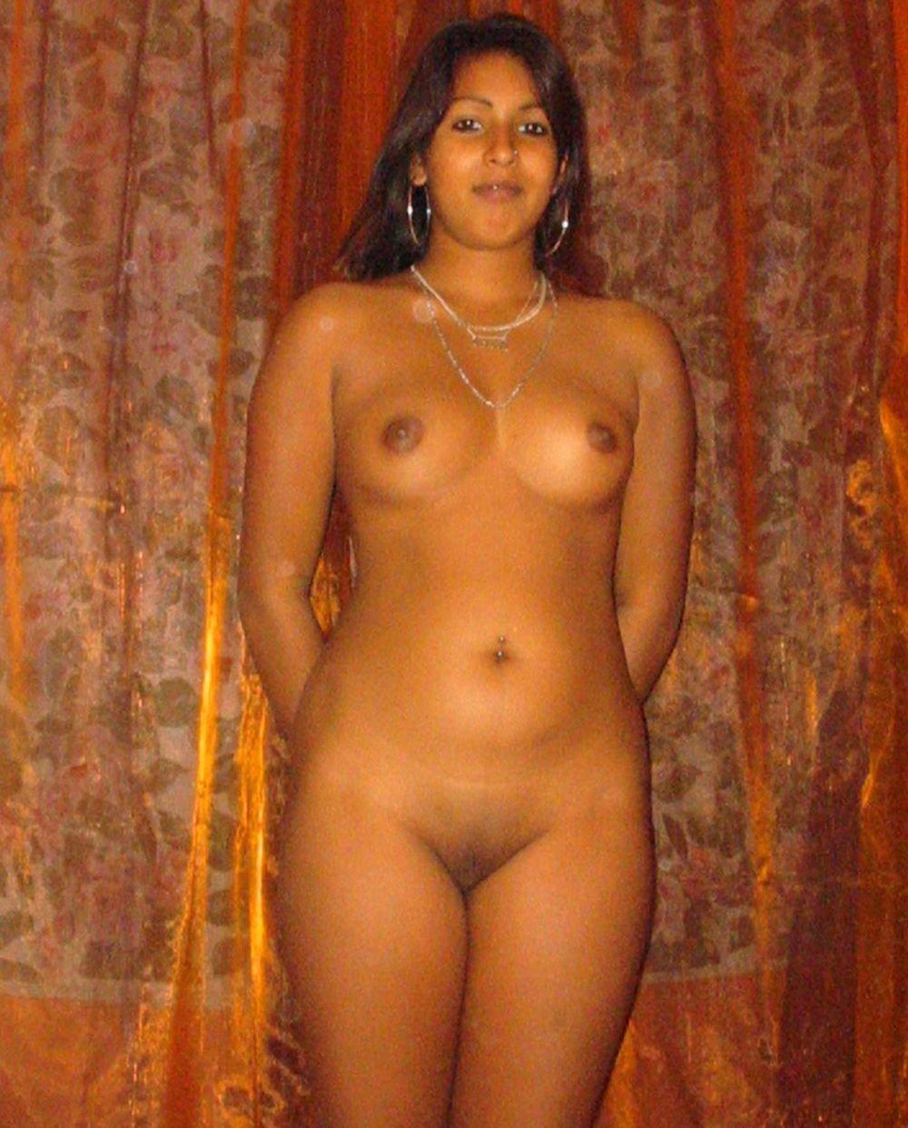 Девушки индуски интим г москва