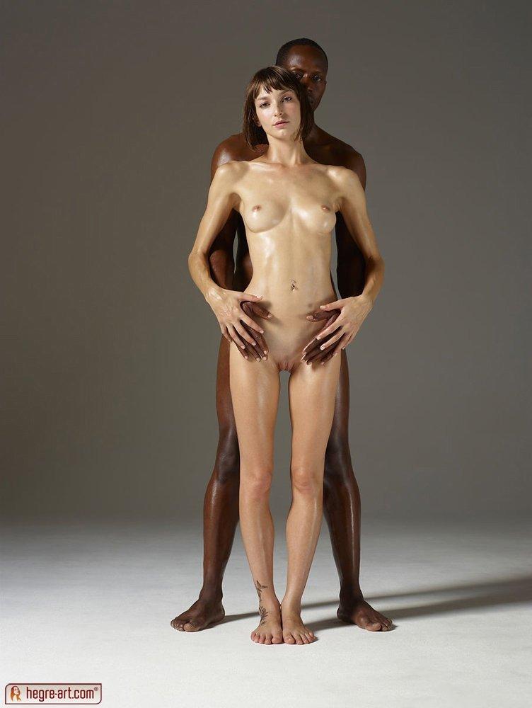 Хрупкая белая девушка порно видео