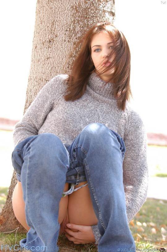 В джинсах - Фото галерея 43335
