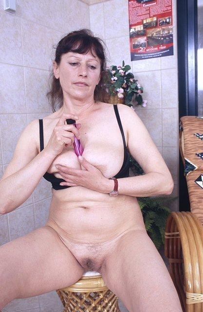 Зрелая - Порно фото галерея 98811